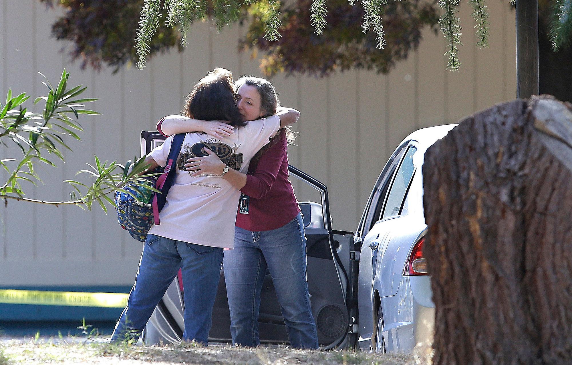 California, sparatoria nella scuola elementare