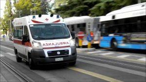 Ambulanza palpeggiata 118 operatore