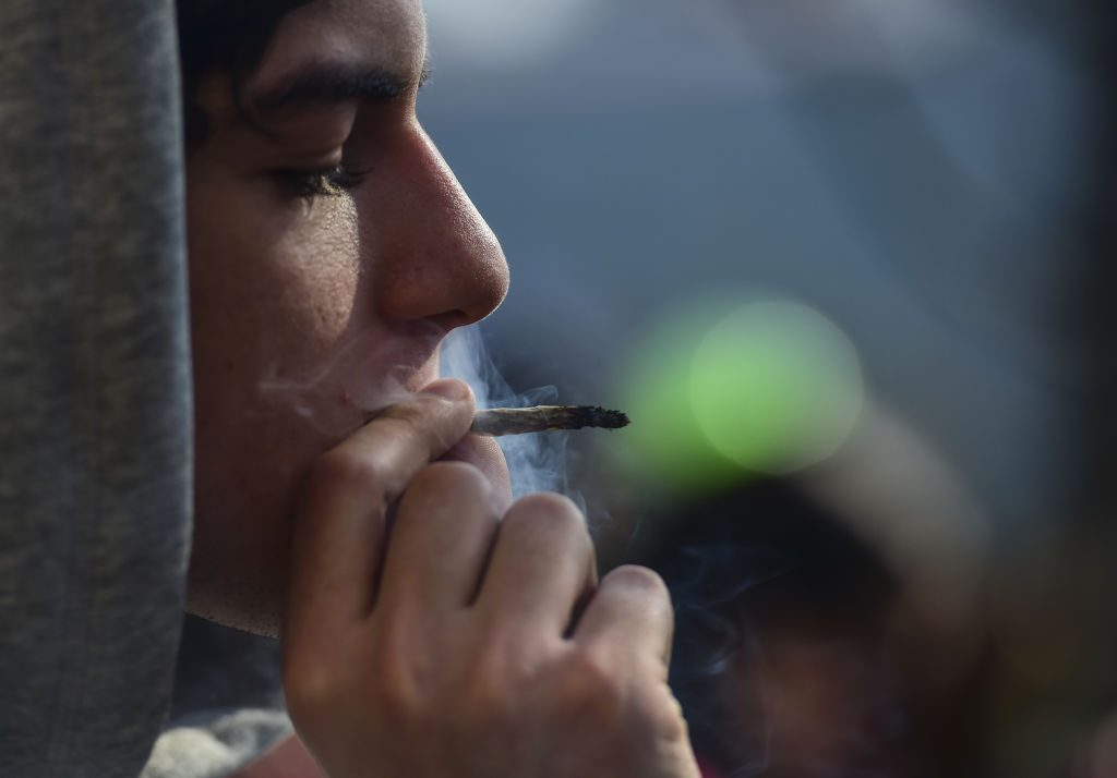 Giovani italiani cannabis Ue