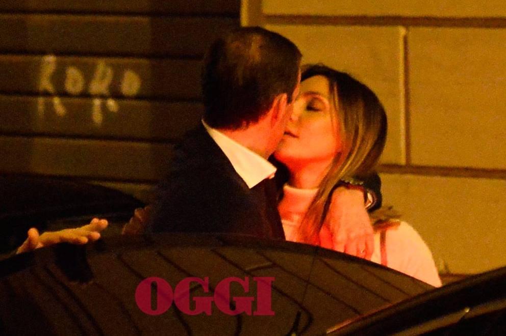 Juventus, Allegri bacia Ambra a Roma