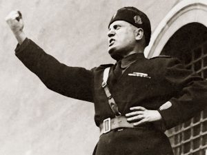 Mussolini lodato dal dem Sguanci
