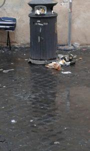 Roma rifiuti Raggi