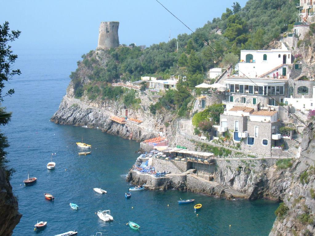 Onda Costiera Amalfitana turista