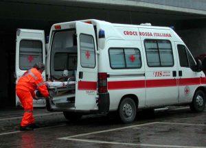 Vento forte a Crotone: Giuseppe cade dal tetto e muore