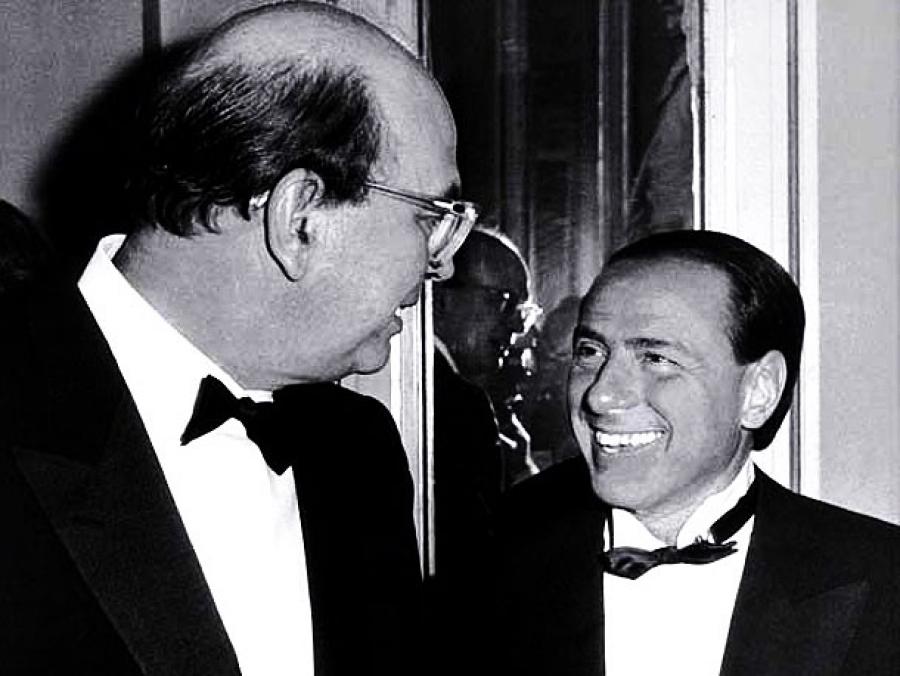 Silvio Berlusconi inizia campagna elettorale sulla tomba di Craxi?