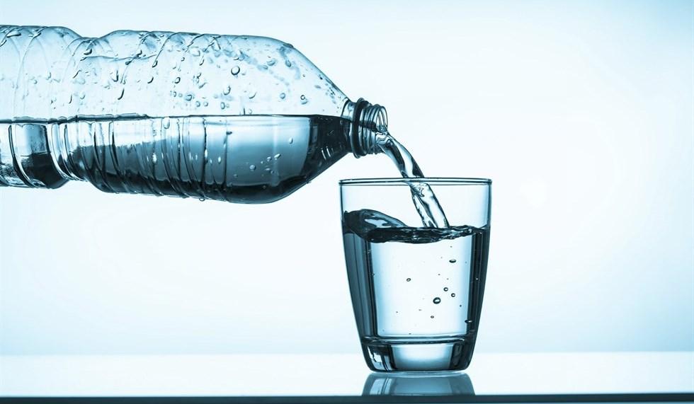 Dimagrire con la dieta dell'acqua