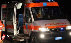 Firenze, 14enne scende dal bus e viene investito