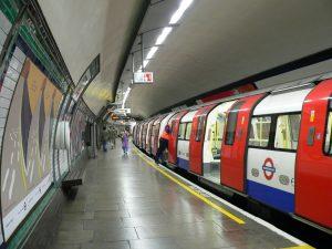 Londra, italiano vittima di razzismo