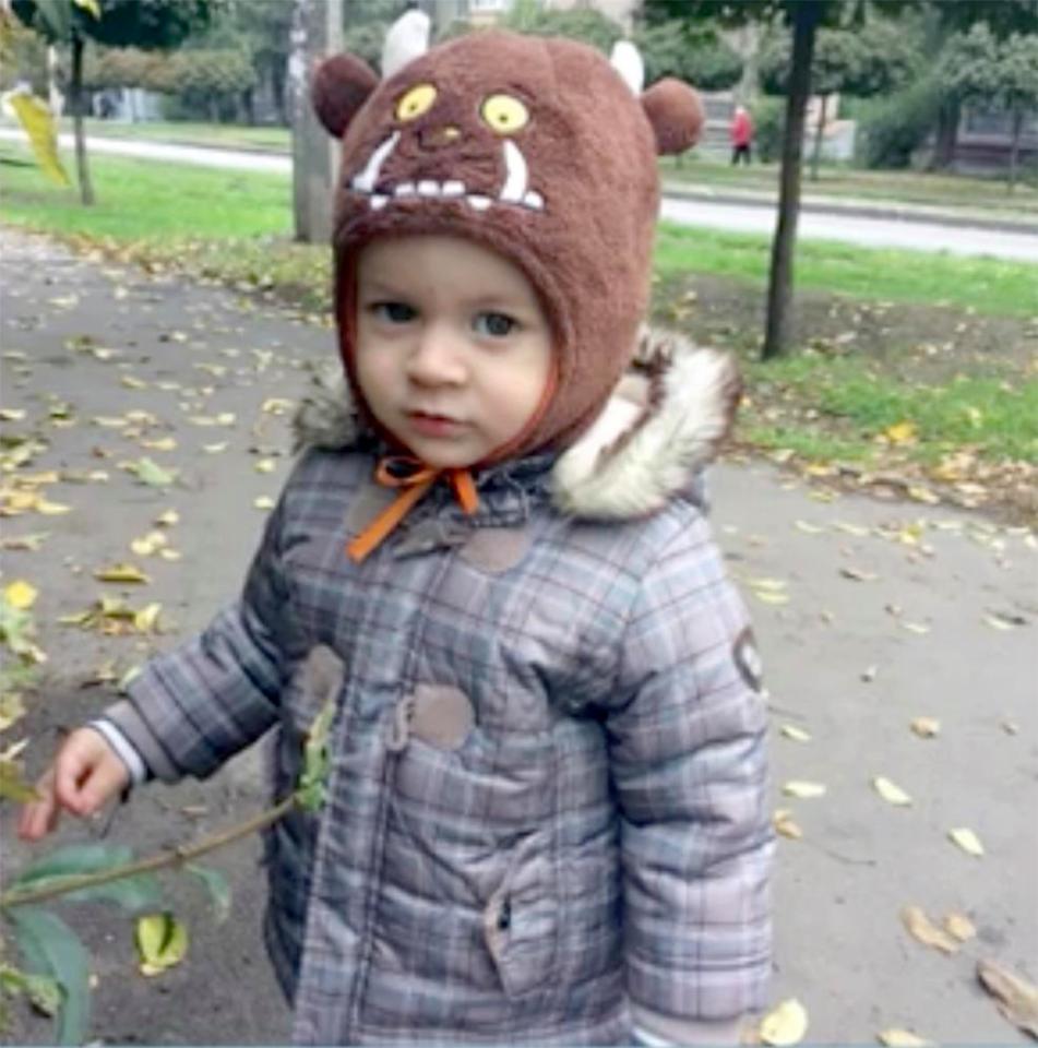 Ucraina bimbo schiacciato