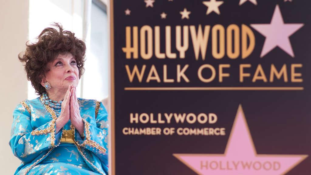 Gina-Lollobrigida-star-Walk-of-Fame