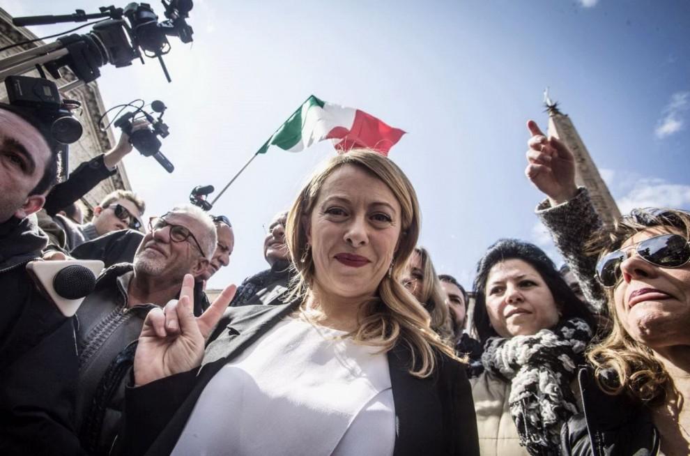 Livorno-Giorgia-Meloni-contestata