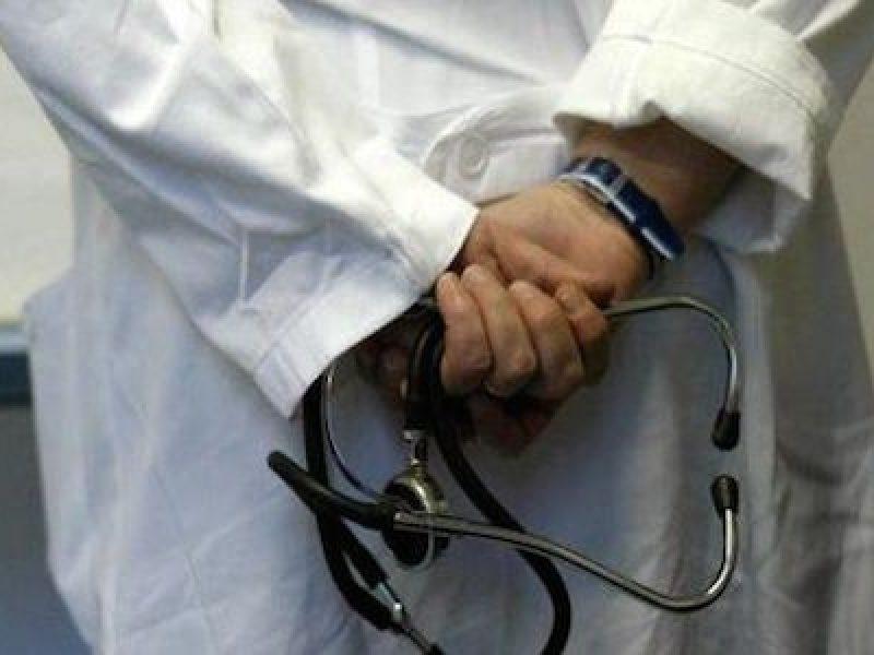 medico-ipnosi-pazienti-abusi
