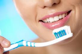 lavare-denti-correttamente