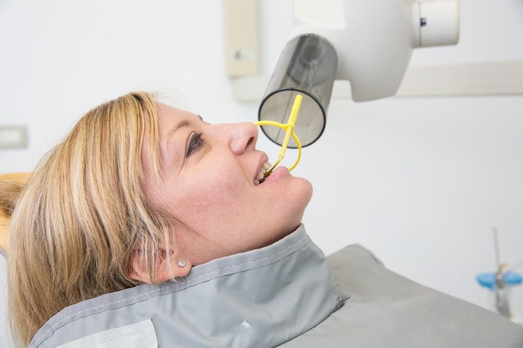 denti-raggi-x-rischi