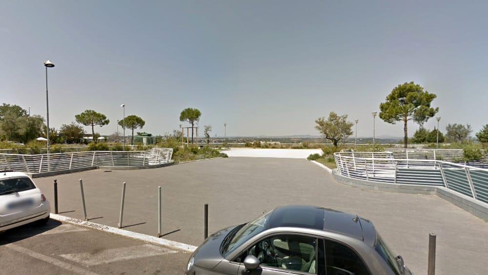 Roma, bullo picchia coetaneo ai Parioli: arrestato