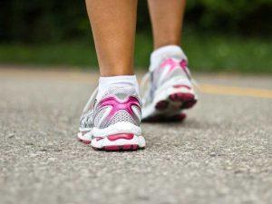 camminare-cuore-jogging-salute-peso-diabete