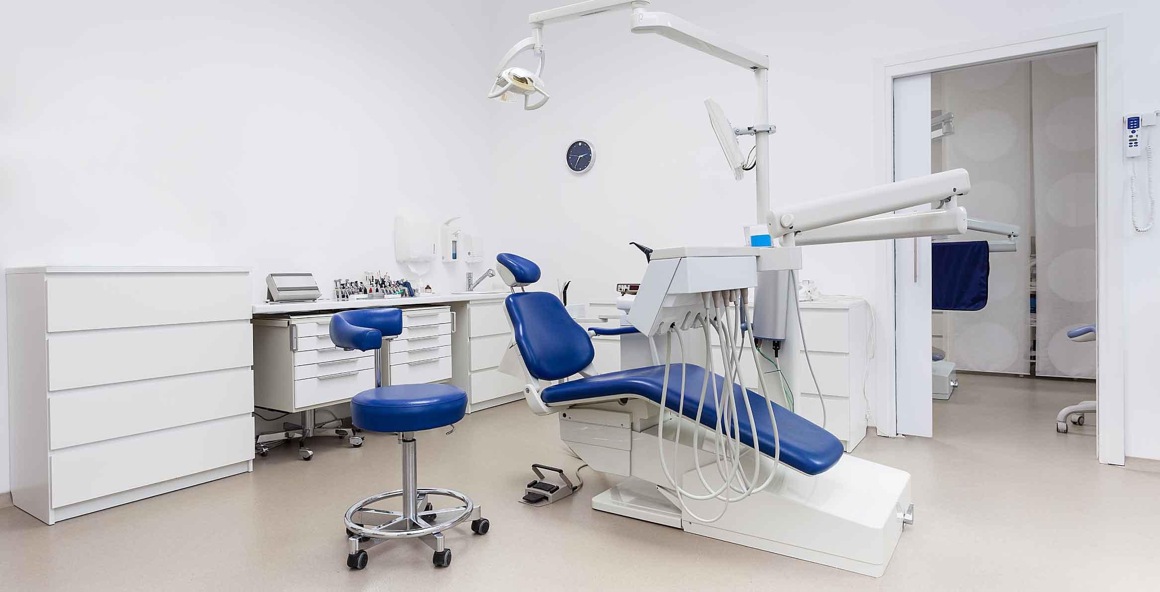 protesi-dentali-dentisti-low-cost