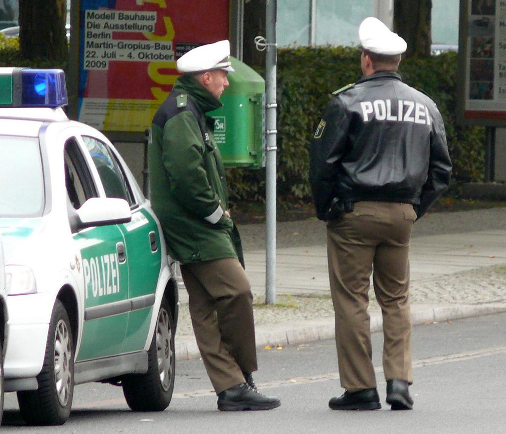 Germania, bimbo strangolato dalla baby sitter