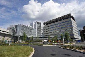 Tumore ovarico gigantesco rimosso nel Dunbury Hospital