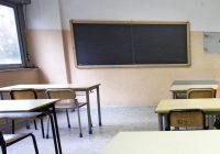 Cremona, professore colpito da monetine lanciate da studenti