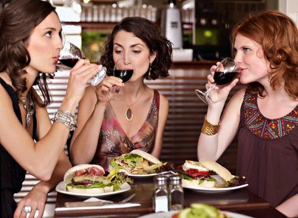Cibo, sei piatti da non ordinare mai al ristorante