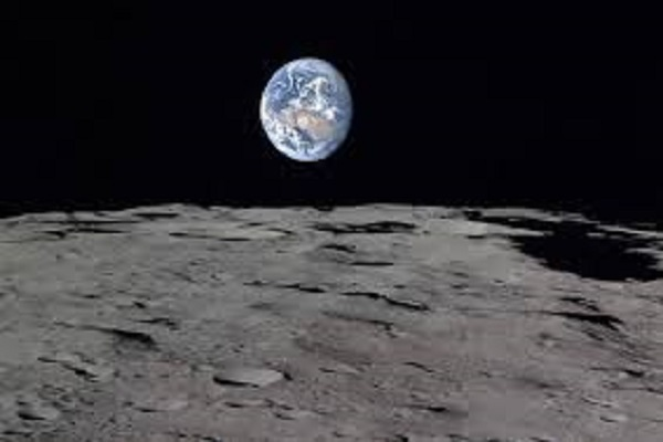 Giorni più lunghi di 24 ore sulla Terra grazie alla Luna