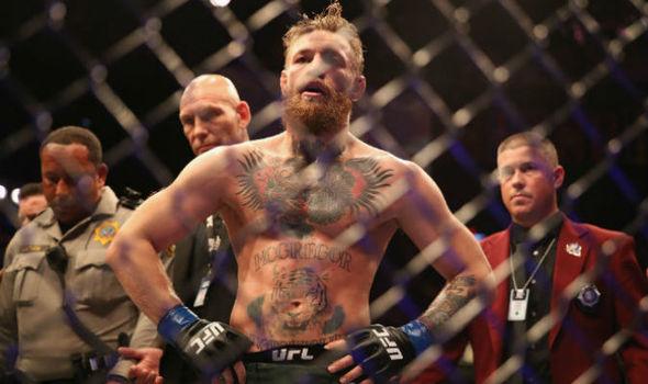 McGregor-Khabib: lo scontro finisce in rissa