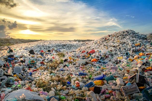 Plastica usa e getta: Unione Europea vuole vietarla