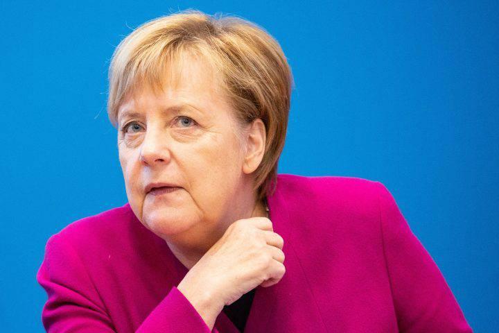 Merkel, addio alla politica nel 2021