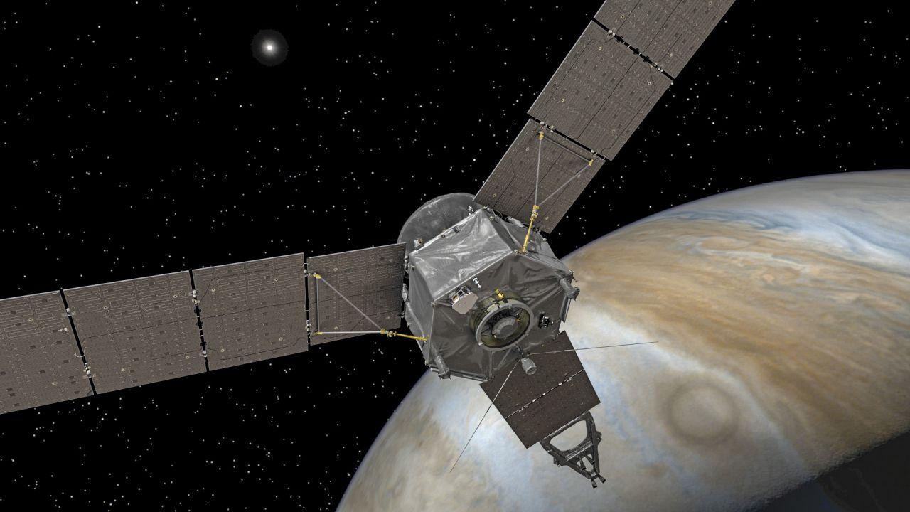 La sonda Juno è una navicella dei record, non solo per le dimensioni