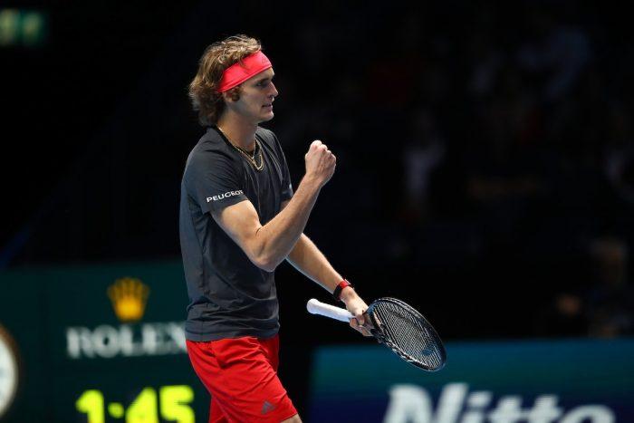 ATP Finals 2018: Zverev batte Federer e vola in finale
