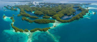 Palau: vietate le creme solari, danneggiano la barriera corallina