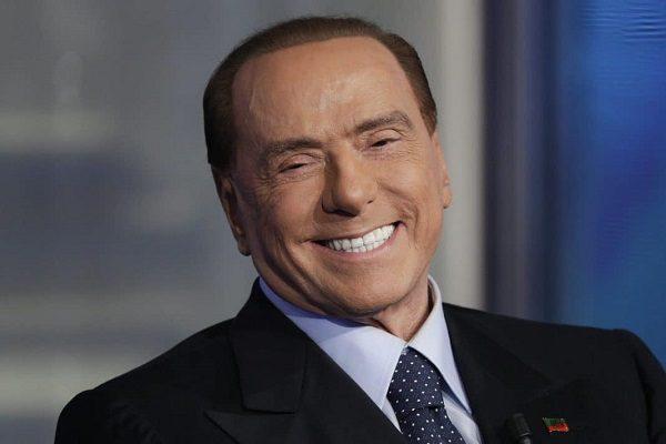 Rinviato a giudizio Silvio Berlusconi per il caso escort