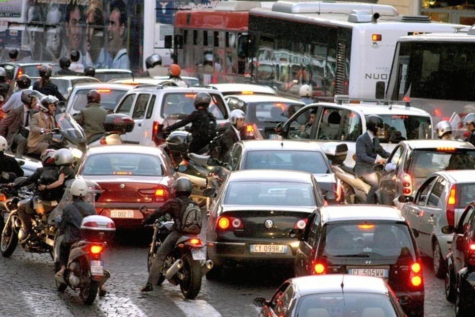 roma-traffico-tilt-piazza-venezia