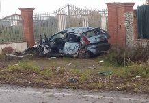 Milazzo incidente stradale, un auto si schianta contro il muro di una casa