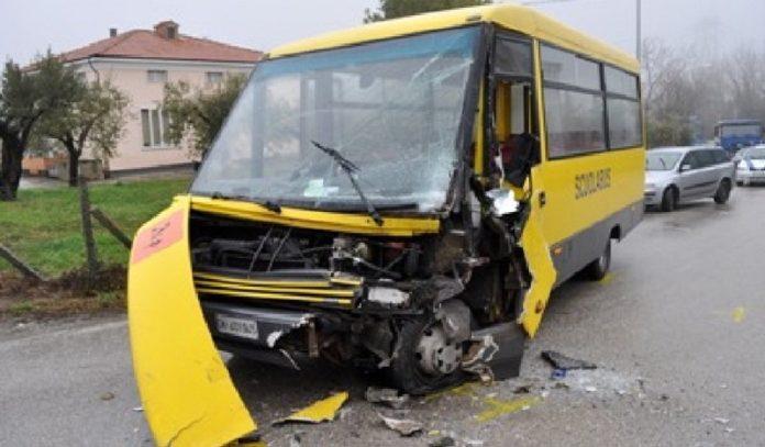 scuolabus incidente stradale malpensa