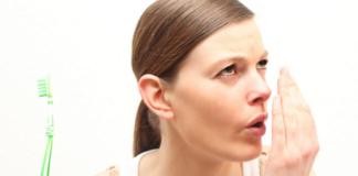 alitosia-alito-pesante-cause-malattie