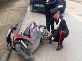 Rapina a Palermo, viene fatto cadere dal motorino e gli rubano 10mila euro