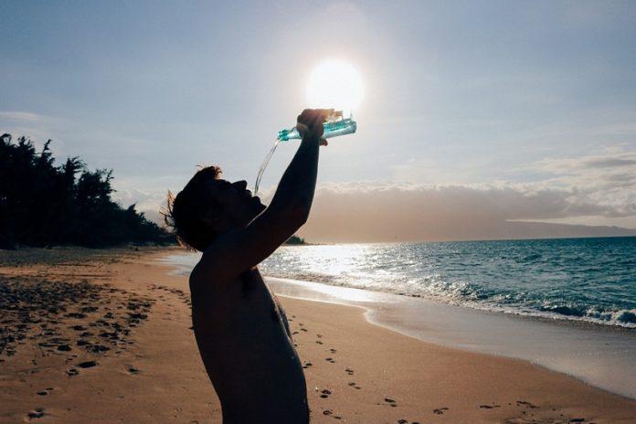 bere acqua mattino
